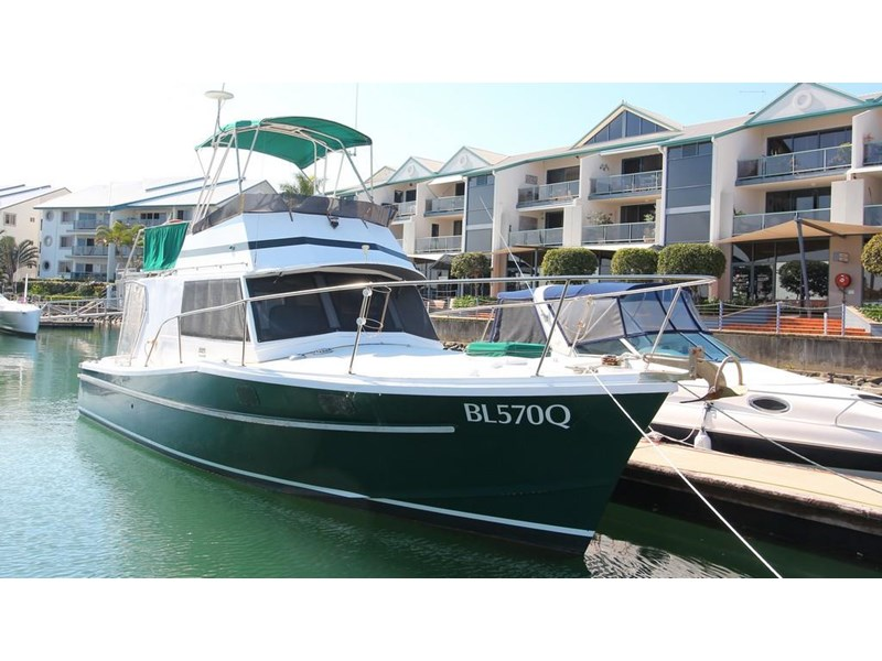 aquarius 35 flybridge cruiser 637122 002