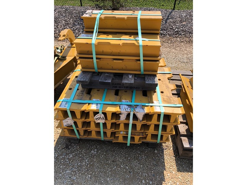caterpillar d8t system one grousers 637656 002
