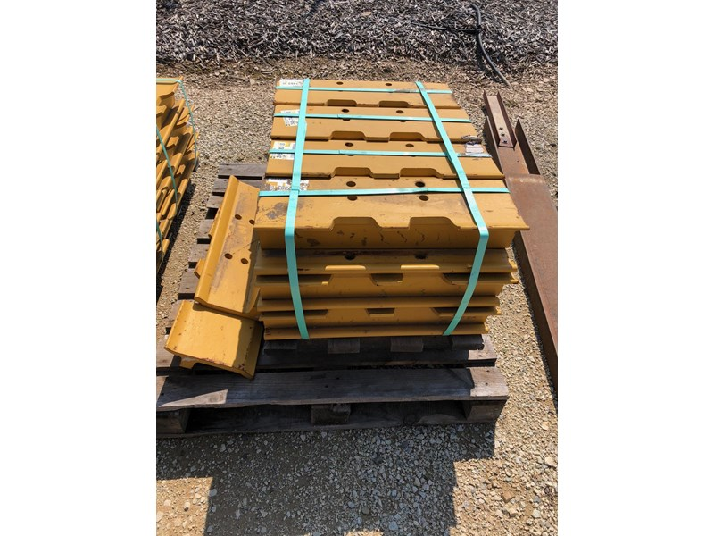 caterpillar d8t system one grousers 637656 003