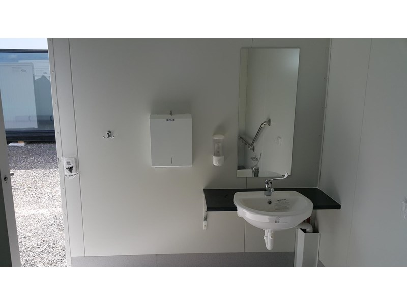 gb mcgregor 3.0m x 3.0m disabled ablution 637666 002