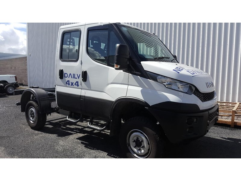 iveco daily 55s17w 638530 001