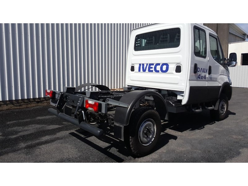 iveco daily 55s17w 638530 004