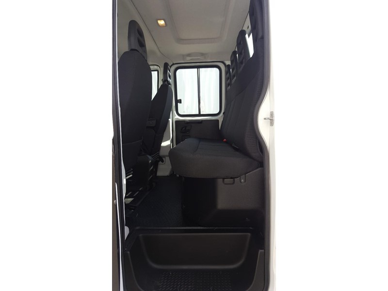 iveco daily 55s17w 638530 007