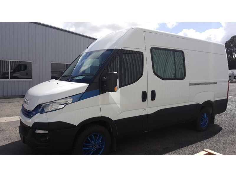 iveco daily 35s17a8 638454 002