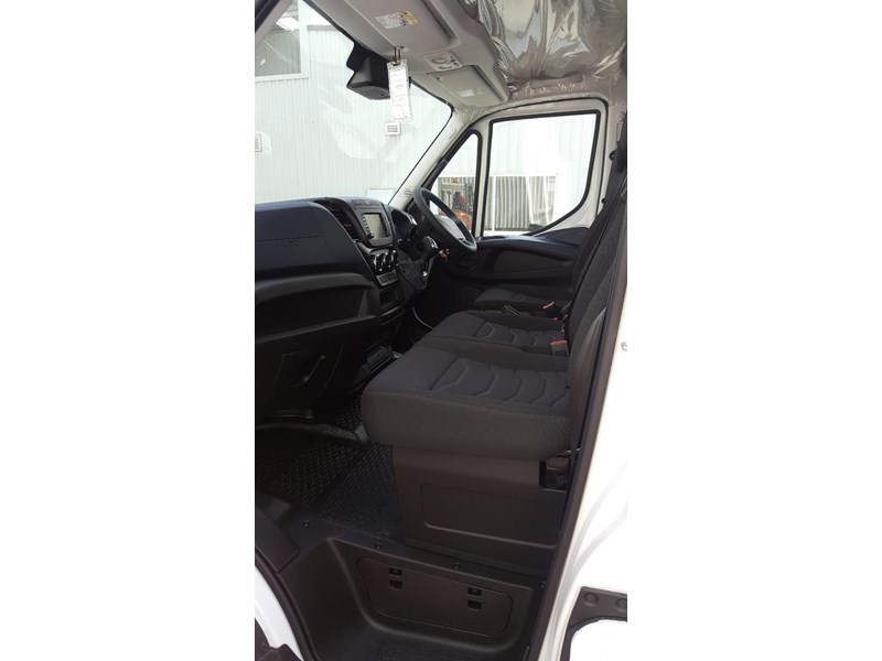 iveco daily 35s17a8 638454 013