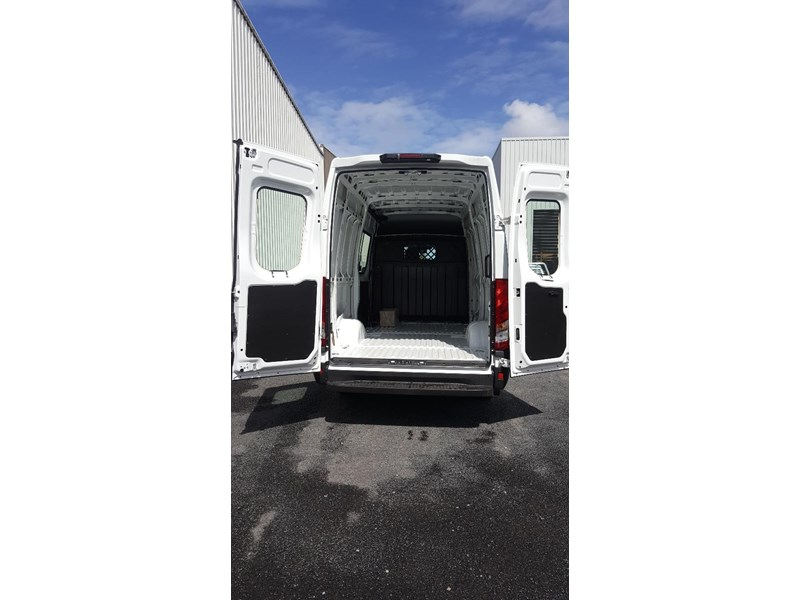 iveco daily 35s17a8 638454 014