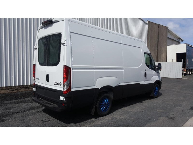 iveco daily 35s17a8 638454 019
