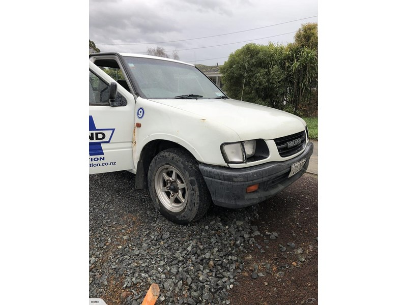 holden rodeo 638622 002