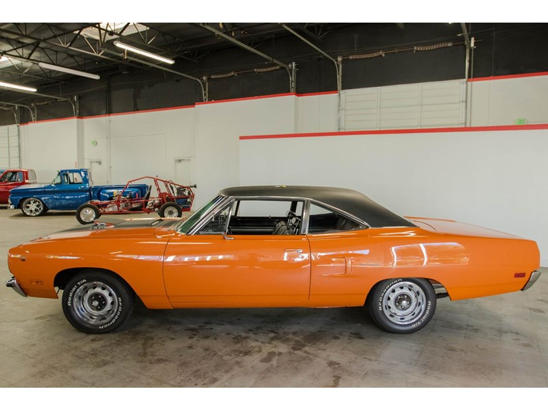 plymouth road runner 536401 002