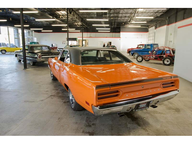plymouth road runner 536401 004