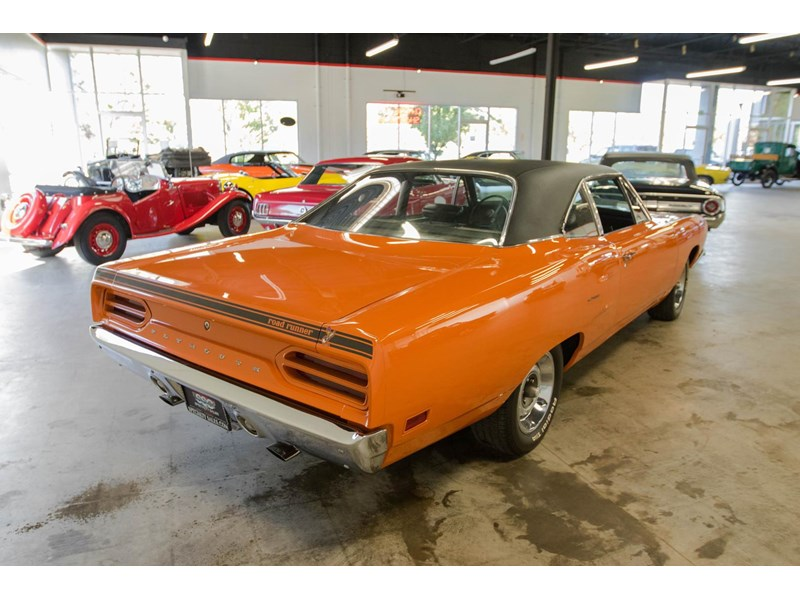 plymouth road runner 536401 006
