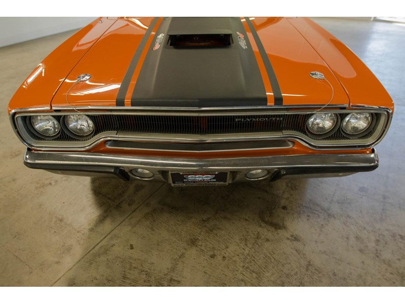 plymouth road runner 536401 012