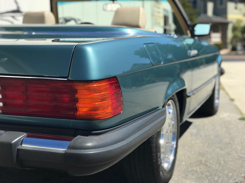 mercedes-benz 560sl 636868 011