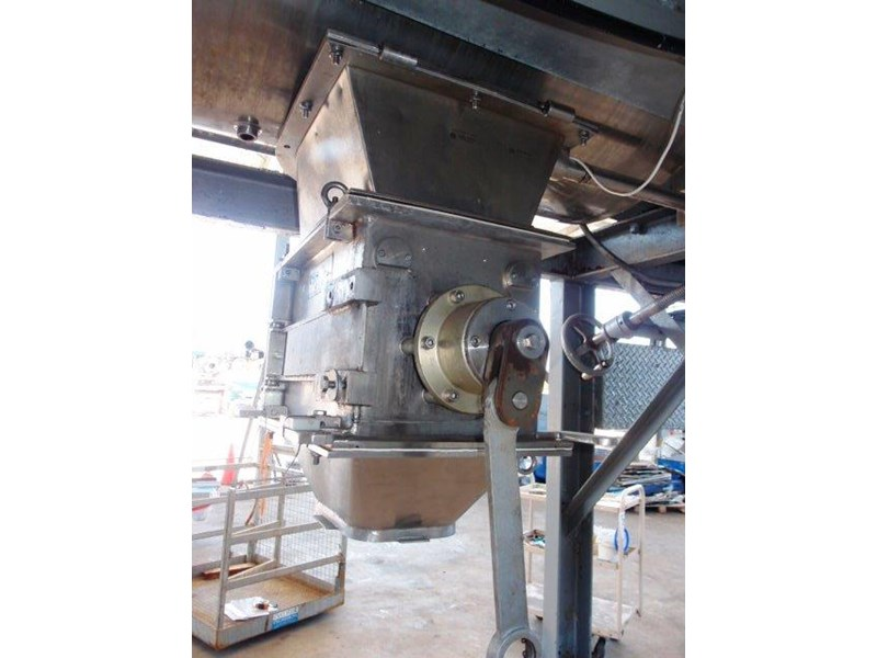ribbon blender capacity: 750lt 639931 009