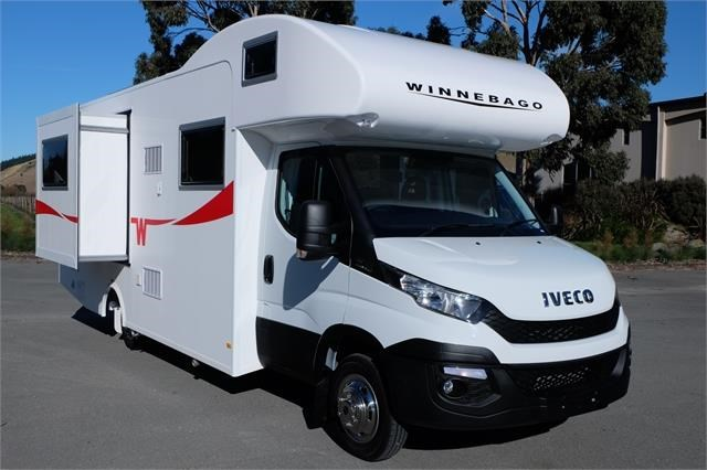 iveco daily winnebago coogee 572921 002