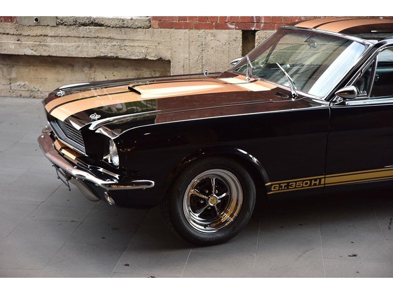 ford shelby g.t. 350 fastback 641663 006