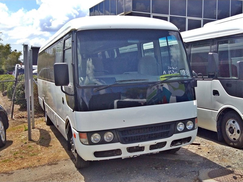 a25b1d8431 2011 MITSUBISHI ROSA 21 SEAT BUS for sale