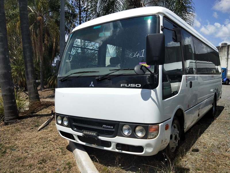 83a7fb2086 2012 MITSUBISHI ROSA 21 SEAT BUS for sale