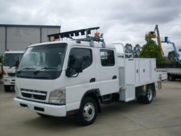 fuso canter 560786 003