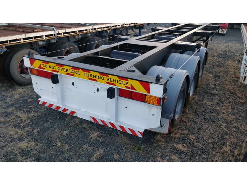 w.e.s.e 3 way container pin trailer 641984 004