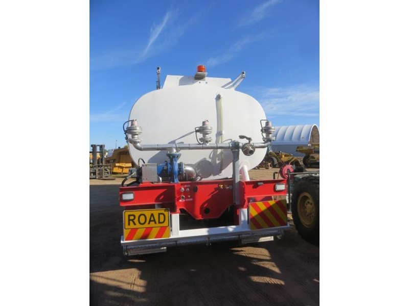 action tri axle tanker trailer 642211 008