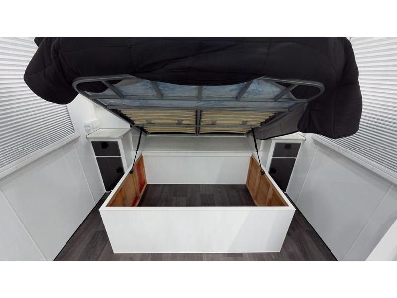 eden caravans sirocco family semi off-road 513729 046