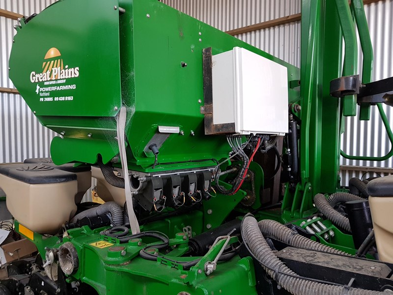 2015 Great Plains Ype825a Maize Planter For Sale