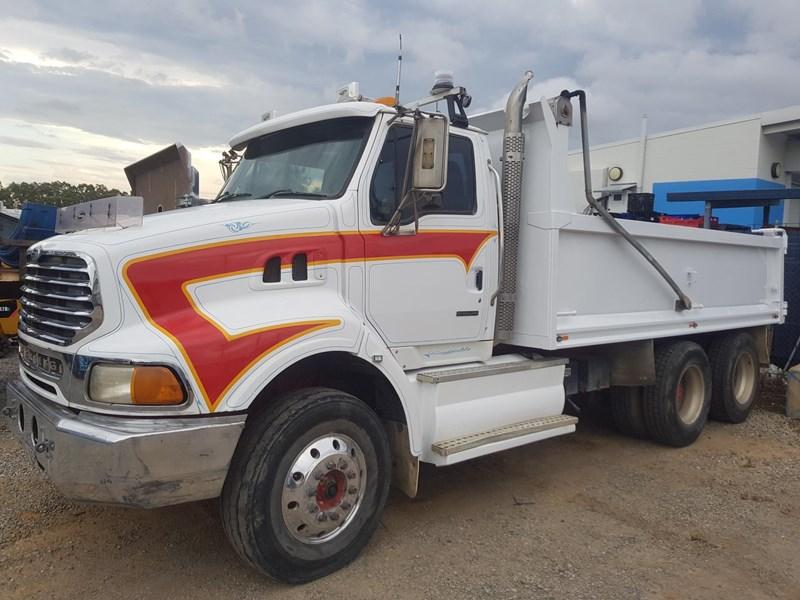 2001 STERLING LT9500 for sale