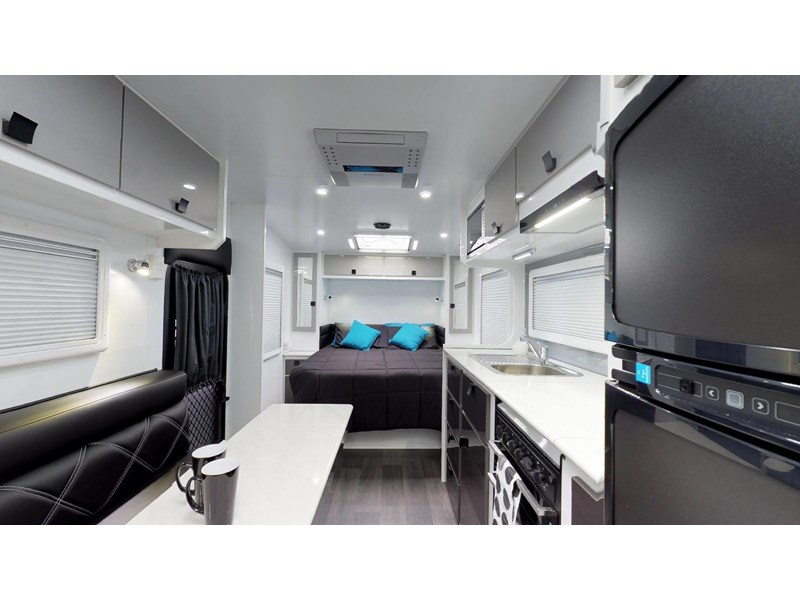 eden caravans sirocco family semi off-road 513748 011