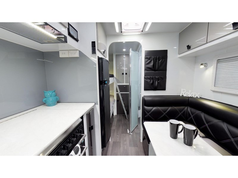 eden caravans sirocco family semi off-road 513748 023