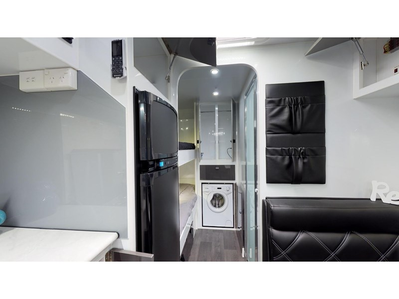 eden caravans sirocco family semi off-road 513748 031