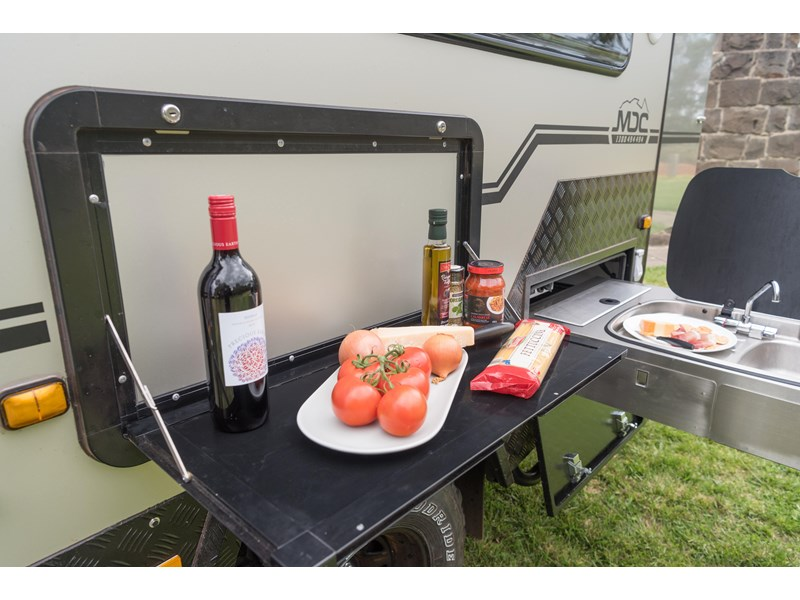 market direct campers xt12-db 602444 003