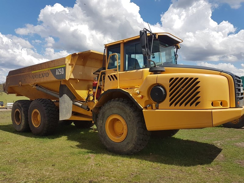 volvo a25d 647703 001