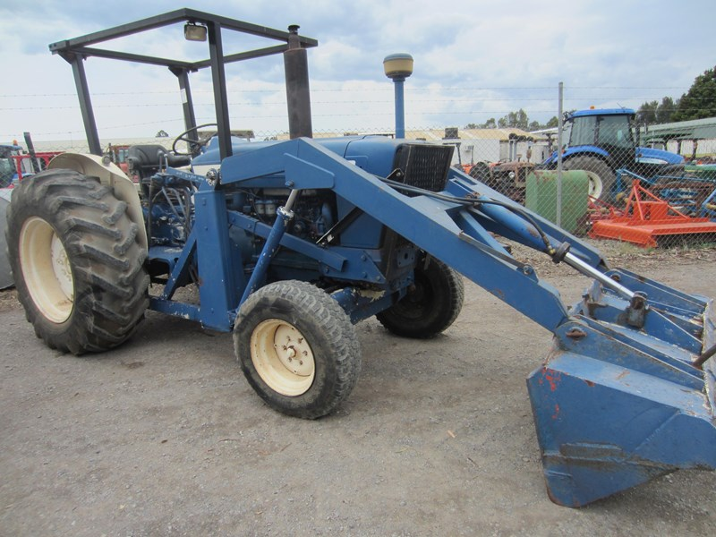 ford 5000 8 speed tractor 647722 001
