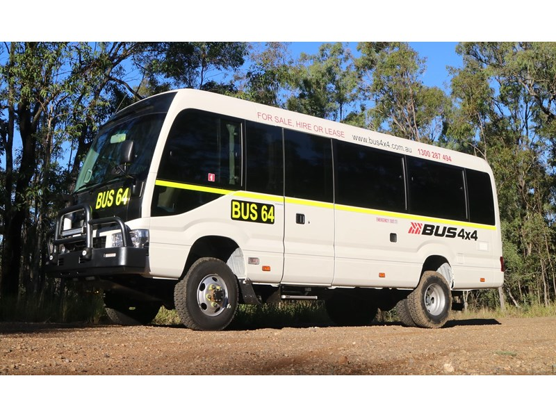 toyota 4x4 conversion of coaster bus (mine spec) 650919 001