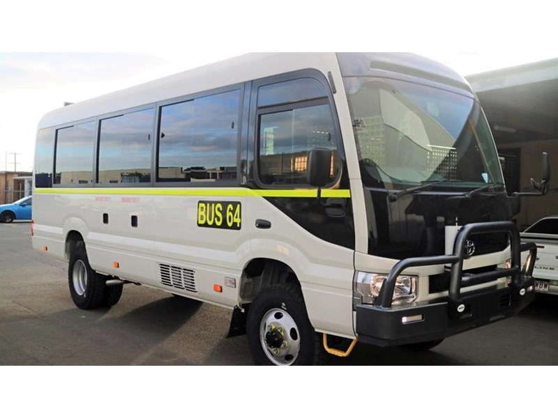 toyota bus 4x4 conversion of 70 series toyota coaster - mine specification 650919 002