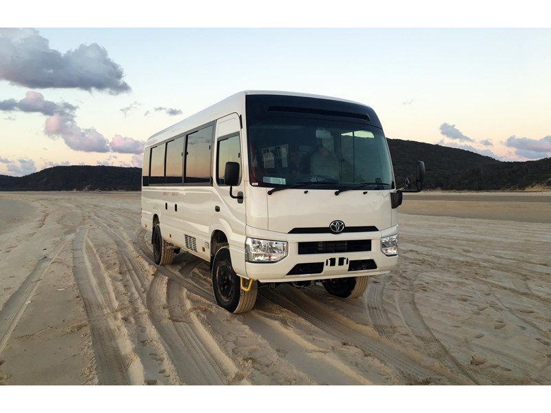 toyota 4x4 conversion of coaster bus (tour spec - beach master) 650948 001
