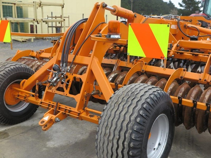 simba sl 500 disc/tyne/disc combination cultivator 651159 008