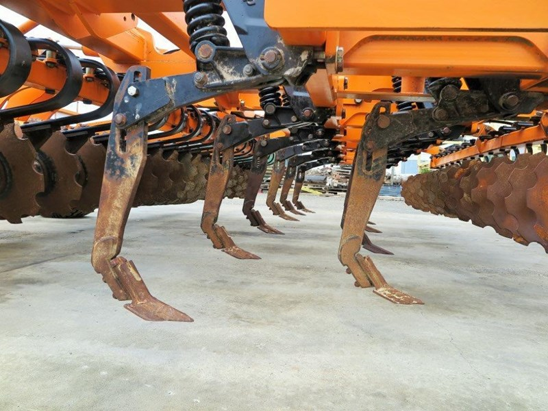 simba sl 500 disc/tyne/disc combination cultivator 651159 011
