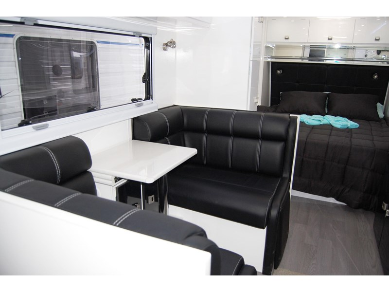 design rv forerunner 21' 6.1 495519 015