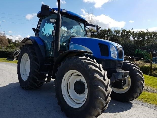 new holland ts125a super steer 651393 001