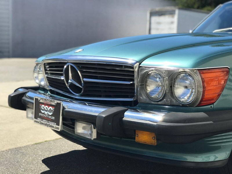 mercedes-benz 560sl 636868 022