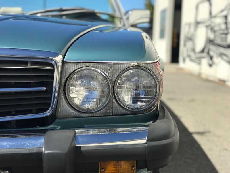 mercedes-benz 560sl 636868 032