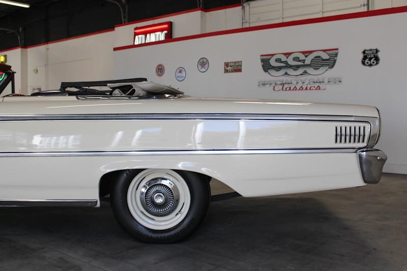 ford galaxie 500 xl 572535 022