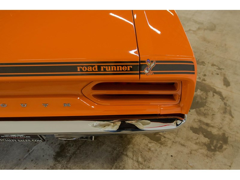 plymouth road runner 536401 027
