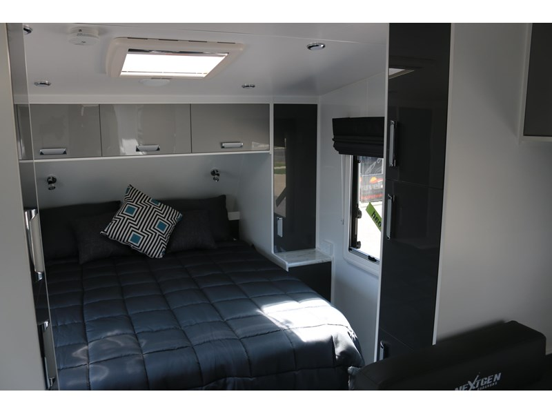 nextgen caravans greyline 21'6 side club 607398 007