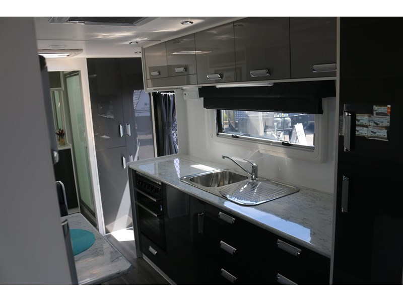 nextgen caravans greyline 21'6 side club 607398 008