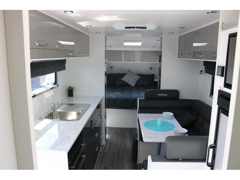 nextgen caravans greyline 21'6 side club 607398 013