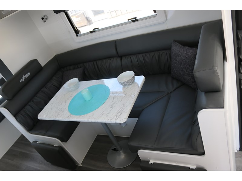 nextgen caravans greyline 21'6 side club 607398 014