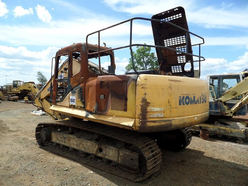 2004 KOMATSU PC200-7 PARTS FOR SALE for sale